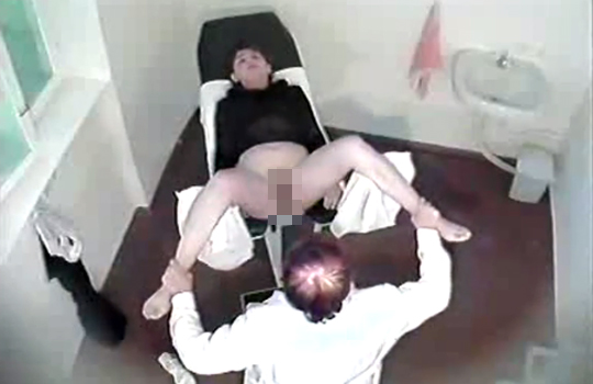 【エロ流出】絶対男禁制の産婦人科分娩室のくぱぁ映像が流出・・・ ※無修正