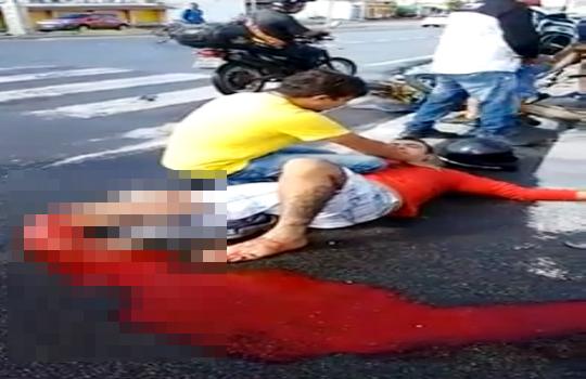 【グロ注意】足首が折れて出血多量死するくらいの血溜まり・・・