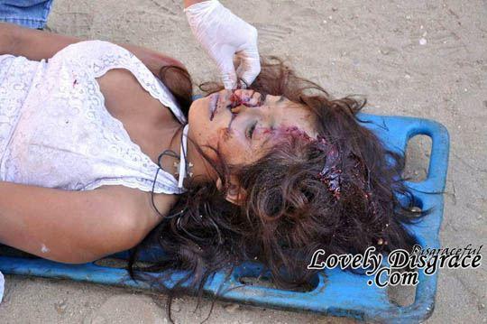 Террорист насилует девушку 2 фотография