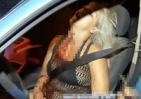 【閲覧注意】若い女性がフロントガラスから射殺される・・・