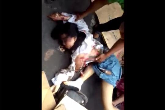 【グロ動画】学校帰り制服のままトラックに轢かれた少女・・・