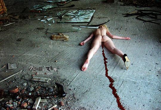 【レイプ殺人】続・散々レイプされた後惨殺された女性たち ※エログロ画像