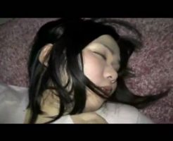 【昏睡レイプ】ヤリサー?酔いつぶれた女の子を犯す男の個人撮影ハメ撮り映像・・・ ※無修正エロ動画