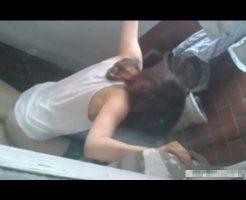 【個人撮影】兄「ただいまやで~」妹「あんあんあん」 家に帰ったら妹がベランダでセックスしてた模様www ※無修正エロ動画