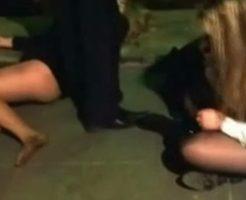 【泥酔】深酔いした女の子、友達の目の前でアル中により死ぬ