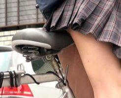 【エロ動画】イクことを覚えた日本のJKさん 通学途中にサドルオナニーが癖になるハプニングw