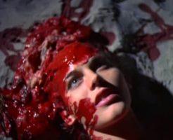 【グロ動画】脳天ファックされて鼻と口から血が沸き上がって苦しんでいる女の子みたい??? ※女 死体