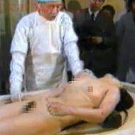 【グロ動画】亡くなってしまった全裸JKの解剖映像とか貴重過ぎるやろ・・・ ※エログロ