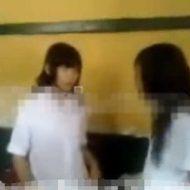 【裸いじめ】教室内の美少女JKさん この後無理やり脱がされおっぱい晒上げられたうえでボコボコにされます・・・ ※衝撃映像
