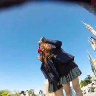 【JK パンチラ】修学旅行?某夢の国で盗撮された無防備な女子校生パンツとかwww