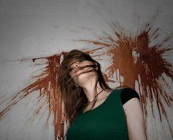 【閲覧注意】ギャングに囲まれ怯える女にヘッドショット ブラジルでの処刑映像がコレ・・・