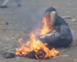 kenyan-potato-thieves-burned-up-by-the-locals