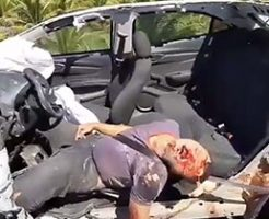 【閲覧注意】事故で車が全損し、運転手は即死…脳みそが道路に転がってるとか…