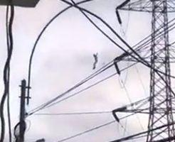 何度か自殺を図って失敗していた男性が鉄塔からの飛び降り自殺